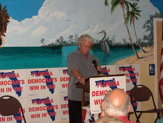 Dave addresses a crowd of 80 at the Hobe Sound Community Center